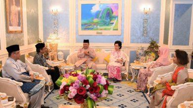 Photo of Raja Perlis terima Ketua Menteri Sabah mengadap