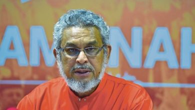 Photo of Khalid Samad mohon maaf kepada Hadi Awang, tapi masih pertahan kenyataan
