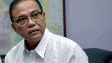 Photo of Wan Rosdy dan 10 EXCO Pahang potong gaji 10% selama tiga bulan