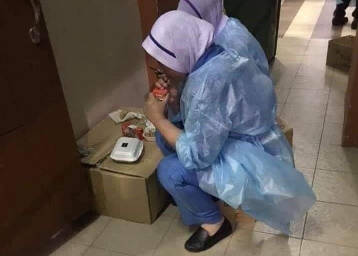 petugas kesihatan