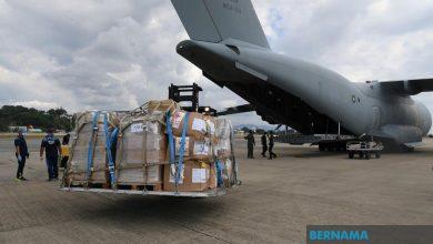 Photo of Pesawat TUDM bawa peralatan perubatan, kesihatan ke Sarawak, Sabah