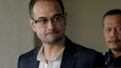 Photo of Tommy Thomas nafi buat keputusan gugur kes Riza