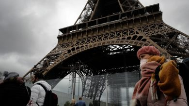 Photo of Covid-19: Menara Eiffel Paris dibuka, tetapi kena naik tangga